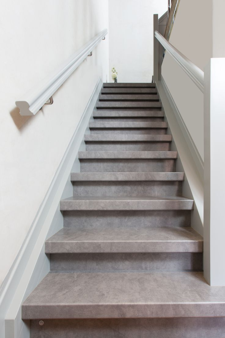 20 best betonlook trappen traprenovatie images on for Stootborden trap maken