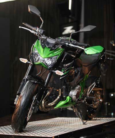Kawasaki Resmi Luncurkan Z800 di Tanah Air | MEN'S JOURNEY