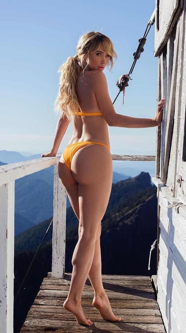 Hot Blonde Bikini Babe  Blonde Bikini, Hot Blondes, Bikinis-8241