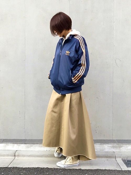 アディダスジャージの古着MIX✨ GUのパーカーと合わせてみました😋 ワークっぽいフレアスカートは