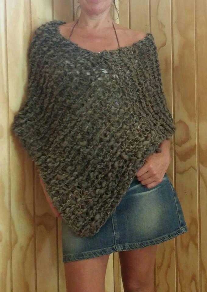 Poncho en lana 100% oveja. Crochet. Tejidos de Cielo y Cerros