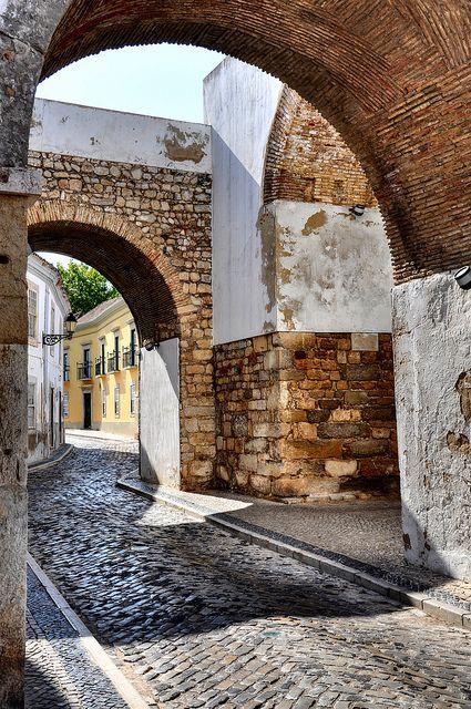 Arco do Repouso, Faro, Portugal