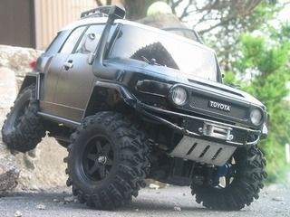TOYOTA FJ Cruiser RC. Wow almost real.