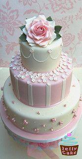 Çiçekleri pembe Gül ve Düğün Pastası | Flickr - Photo Sharing!