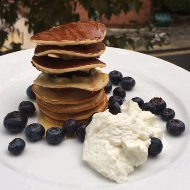 Try these @myprotein vanilla whey protein pancakes for breakfast  #Leanin15 #Food #foodie #foodporn