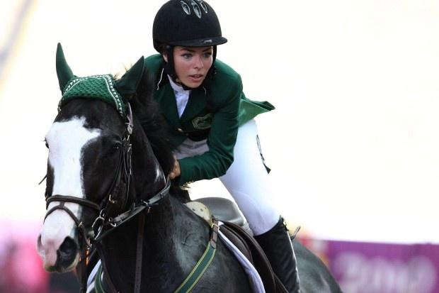 Die Reiterin Dalma Rushdi Malhas aus Saudi Arabien schrieb bei den olympischen Jugendspielen 2010 Geschichte. Als erste saudische Athletin gewann sie eine olympische Medaille.