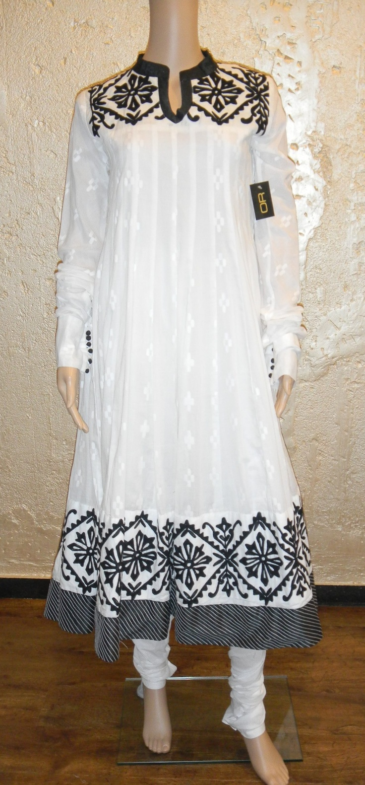 Cotton - Churidaar set  Price - Rs. 5900/-