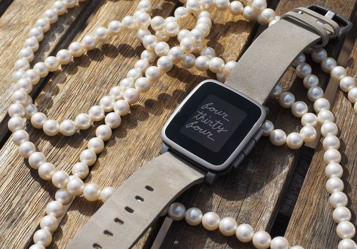 The Pebble Time Steel is beautiful, but probably not worth $299