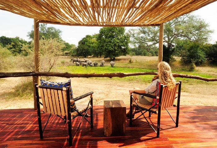 Gameviewing from the privacy of your own deck at Bilimungwe