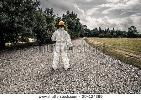 Spooky Worker Standing On A Road Lagerfoto 204124369 : Shutterstock