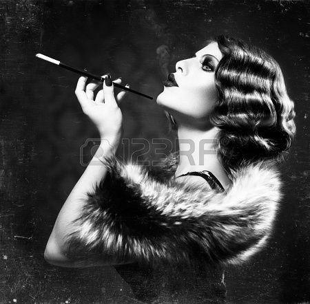 Fumare Retro Woman Vintage Stile Bianco e Nero Foto photo