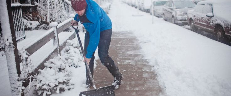 Snowstorm Health Hazards: Tips for Staying Safe this Winter...: Snowstorm Health Hazards:… #snowforecast #Winterstorm #snowstorm #SnowStorm