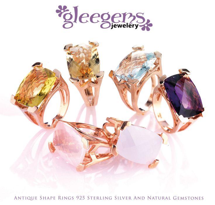 La nuova collezione di gioielleria GLEEGEMS di e-motion, dove le più belle gemme si fondono con le forme classiche di un anello al tempo stesso classico e moderno, dallo stile inconfondibile, realizzatI in argento 925 con lavorazione artigianale e completamente MADE IN ITALY