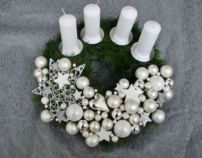 Gorgeous Christmas Centerpieces For Special Moments