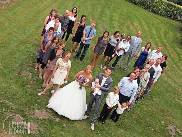 A group heart.  Bruiloften - Desirée M. Boom Fotografie