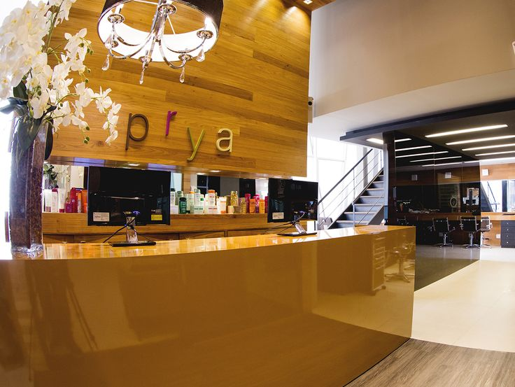 Recepção Arquitetura moderna e aconchegante #salãodebeleza #salãodebelezaniterói #arquitetura #beautysalon