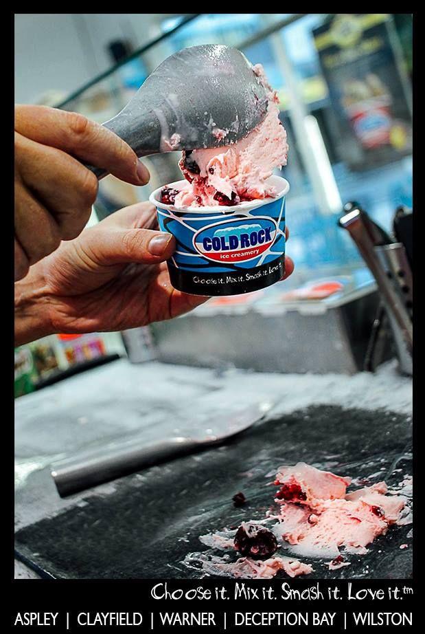 freshly mixed up ice cream and personalised your tastes :-) #coldrock #icecream