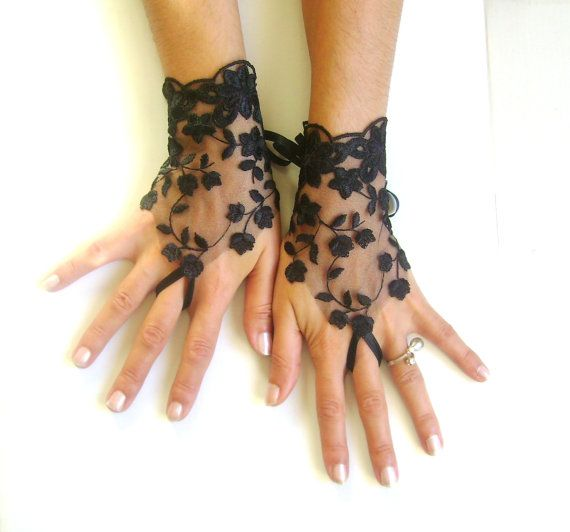 17 best barbara palvin images on pinterest for Lace glove tattoo