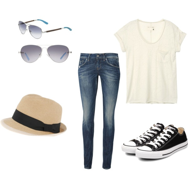 I'm just a jeans and tshirt kind of girl and just love simple cute outfits