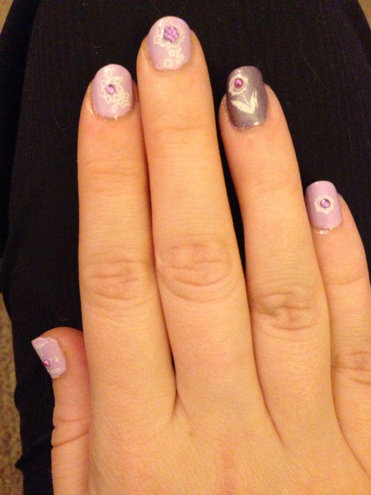 Lilac Floral Nail Art- Close Up
