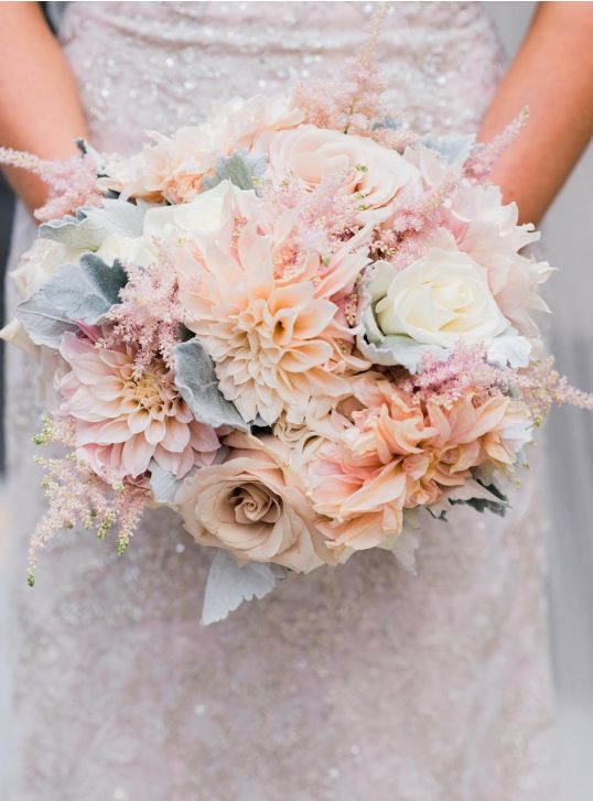 Pretty Pastel Bridal Bouquet Weddingful Chicago Wedding Vendors A Stem Above Flowers