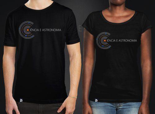b17de24bd9 Camiseta Ciência e Astronomia na Doppel Store. Camisetas de ciência e  literatura. Como diria Carl Sagan
