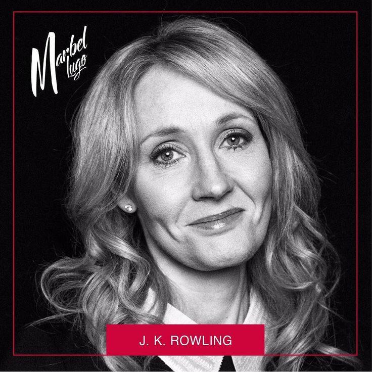 #MujeresInspiradoras  Pese a que a día de hoy es una escritora de éxito mundial y  los comienzos de J.K. Rowling fueron muy duros y su vida es todo un ejemplo de superación. La joven J.K. Rowling atravesó una relación abusiva fue diagnosticada con depresión severa luego de abandonar a su esposo y encontrarse sin recursos con su hija en la calle al límite de una fuerte situación. Esto le permitió utilizar la escritura como un medio de escape y lograr tras muchas horas de trabajo publicar…
