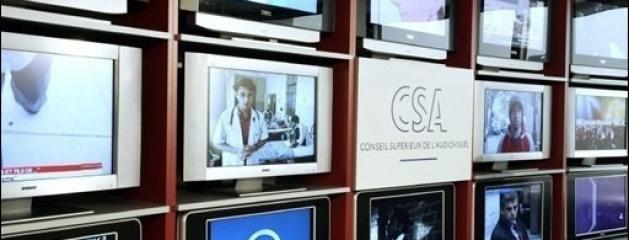 A partir de lundi les candidats aux 6 nouvelles chaînes de la TNT vont défiler devant le CSA. Parmi eux on retrouve notamment RMC Sport HD, RMC Découverte, BFM Business, Chérie HD, My NRJ, ELLE TV, Générations TNT,...