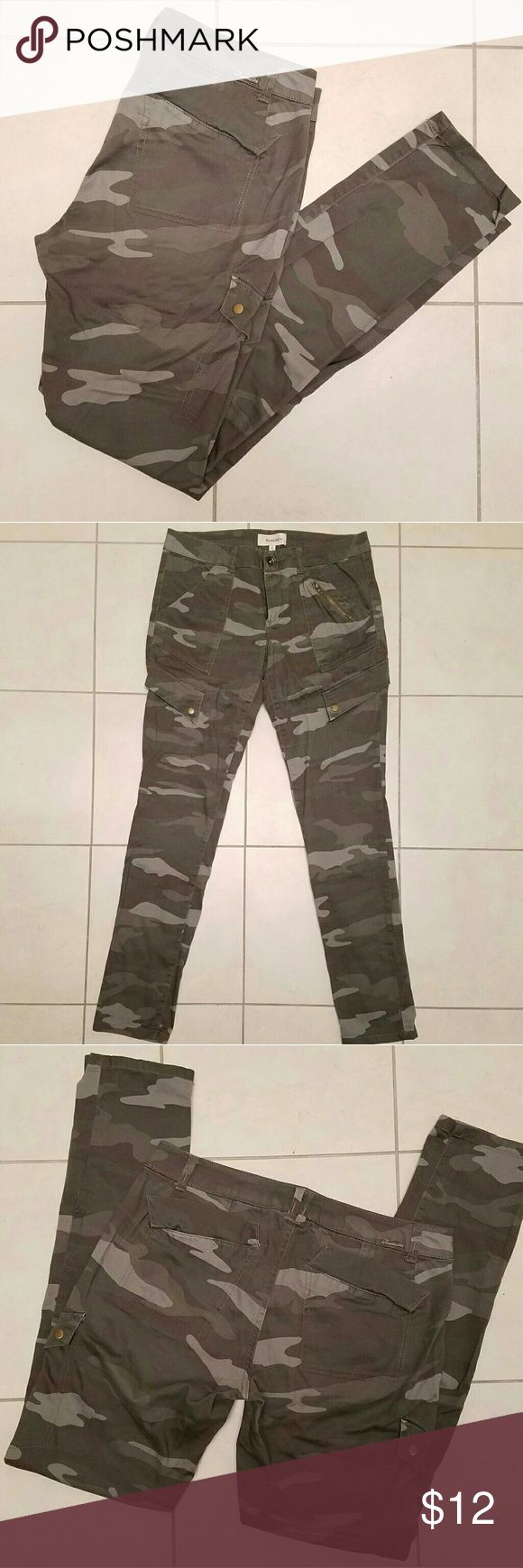 Rewind Camouflage Skinny Jeans Great condition, only worn once, size 7 Rewind Jeans Skinny