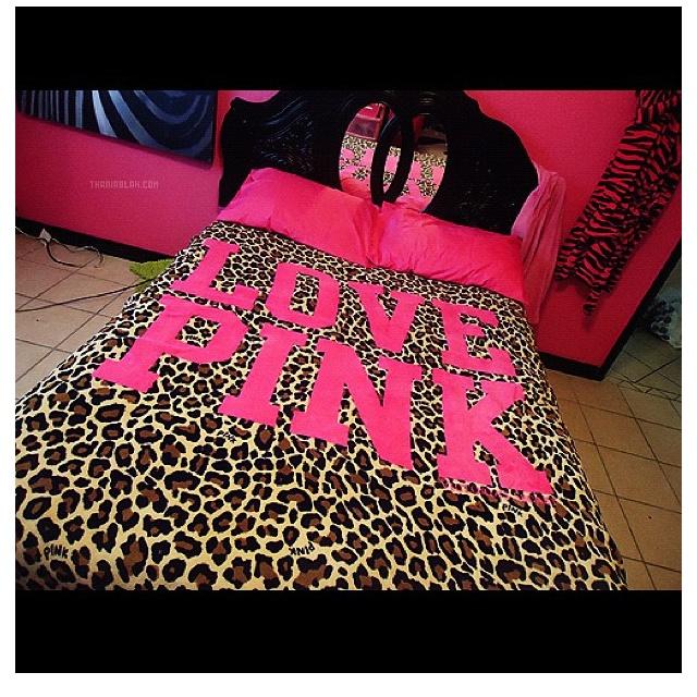 Love Pink cheetah bed spread
