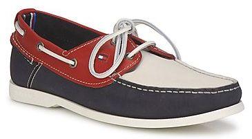 """Chaussures bateau homme modèle """"Chino"""" de chez Tommy Hilfiger"""