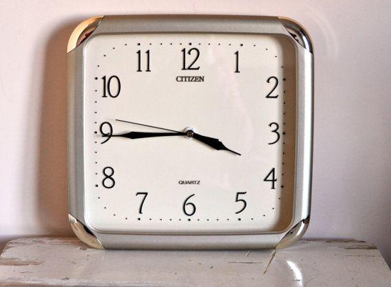 Vintage Citizen Quartz Clock   Silver Retro Wall door BebesBazaar