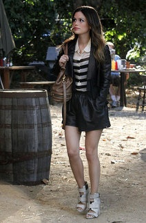 ZoeHart/ «Hart ofDixie»»: Leather Shorts, Hart Of Dixie, Women Fashion, Rachelbilson, Style Inspiration, Hart Style, Photo Galleries, Rachel Bilson, Zoe Hart
