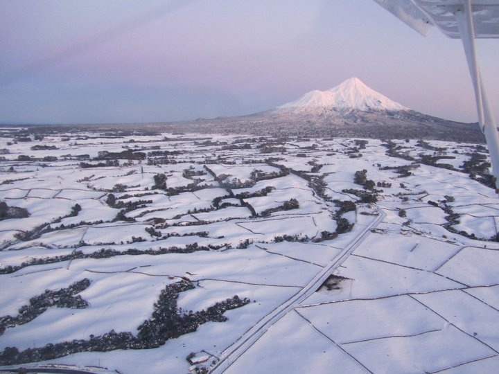 Huge snowfall in Taranaki - August 2011