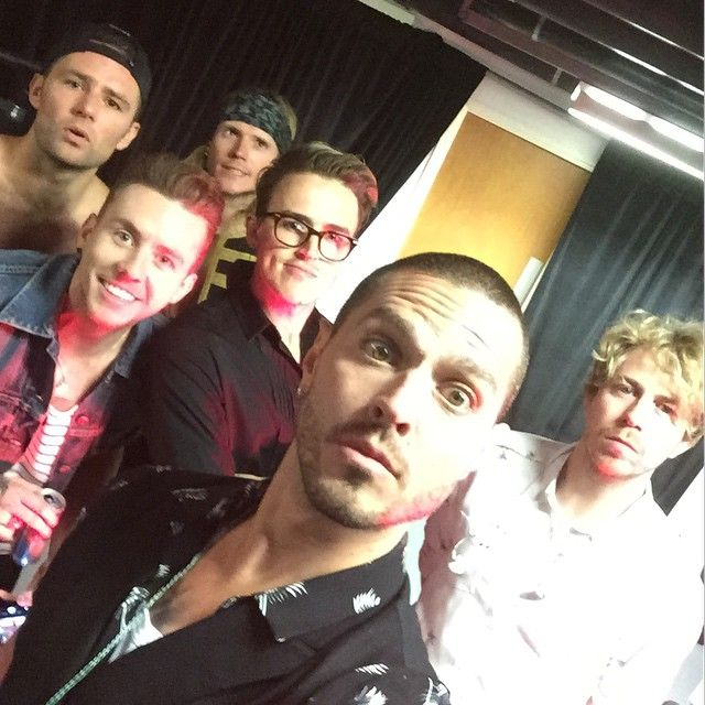 Cheer up James! #McBusted #1direction