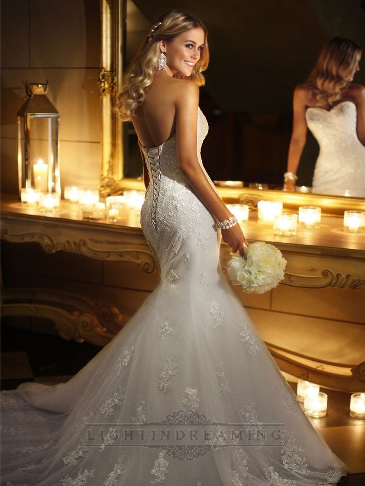 Sweetheart Beaded Lace Appliques Fit and Flare Wedding Dresses