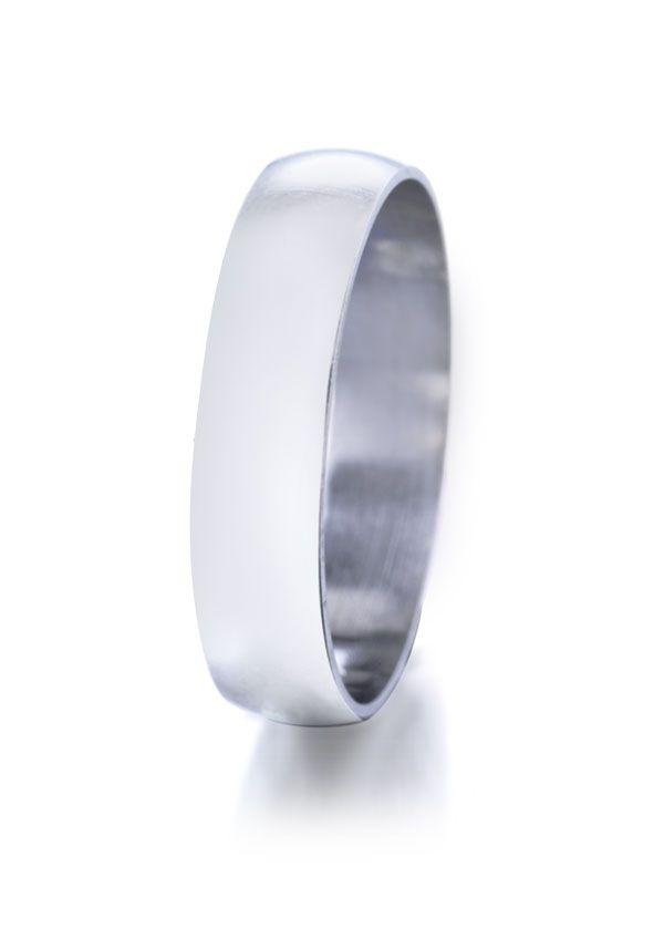 Alliance homme or blanc 750/1000 #jeandelatour_officiel #bijoux #bijouxfrance #bijouxcreateur #jewels #jewelry #allianceshomme #bague #bagueshomme
