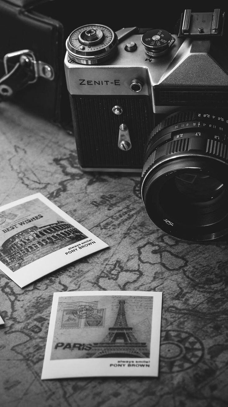 Pin By Itz Art On Iphone Wallpaper Antique Photography Camera Wallpaper Black Aesthetic