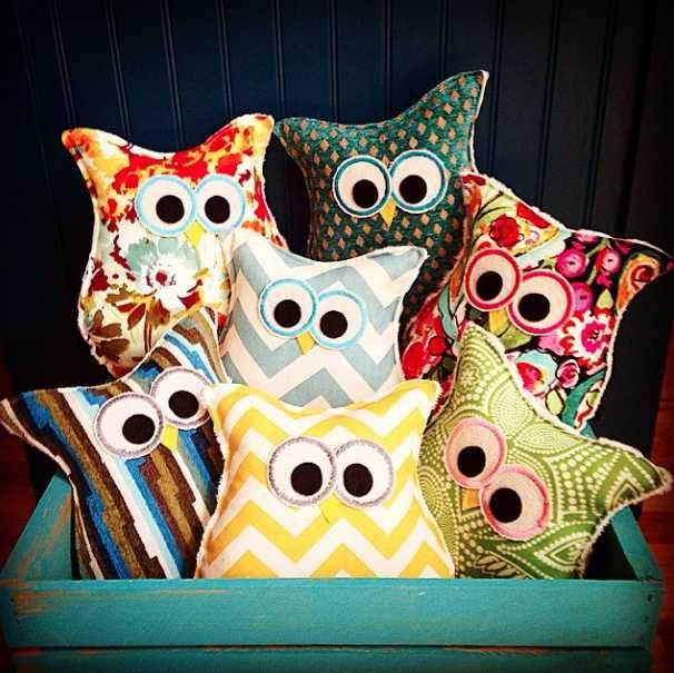 Button Bird Designs Owl Pillow Give Away!!!!
