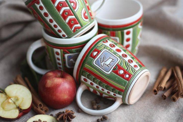 Рождественская чашка с оленем Рудольфом.  Ручная работа.  http://crafta.ua/ #craftaua #handmade #ceramics #dishes #cup #чашка #посуда #глина #керамика #авторскаякерамика #ручнаяработа