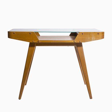 Die besten 25+ Holztisch mit glasplatte Ideen auf Pinterest - couchtisch aus massivholz deko sand