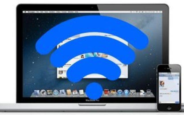 Hotspot WiFi di iPhone, come collegarlo al Mac Se vuoi utilizzare la connessione internet del tuo iPhone per connettere un MacBook sai come fare? In questa guida vedremo la procedura per effettuare la connessione di Hotspot dell'iPhone e consenti #iphone #hotspot #wifi