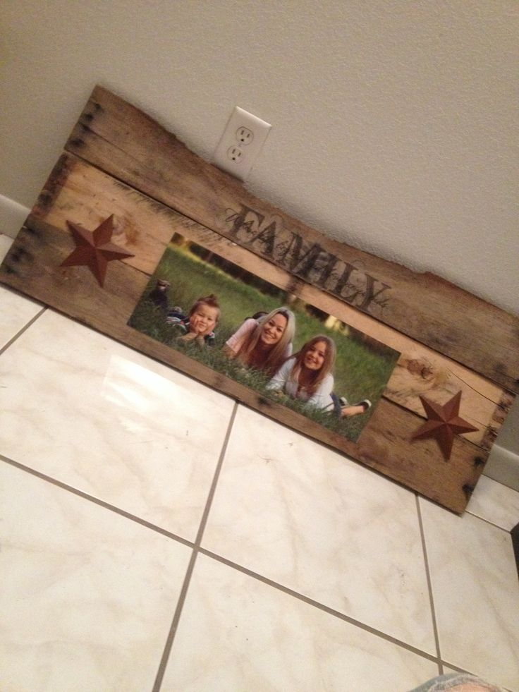 Pallet framed picture