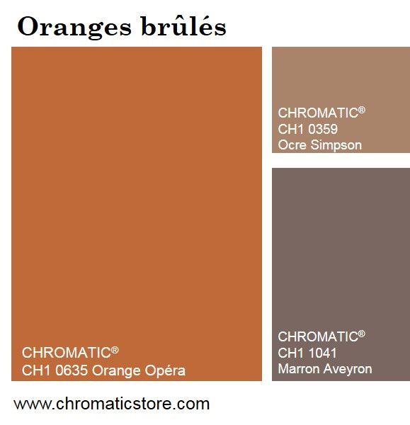 Combinées aux beiges et aux bruns, les tonalités oranges brûlées, presque éteintes, adoucissent les  ambiances, les marquant d'une empreinte chaleureuse et réconfortante www.chromaticstore.com