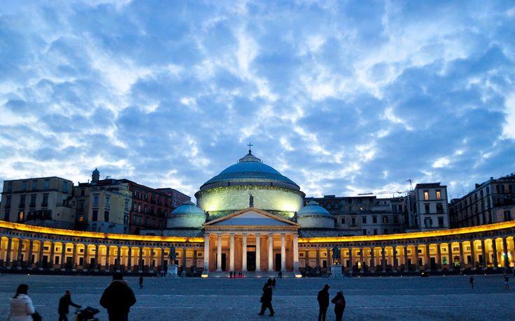 Night falls on Plebiscito square, Naples.