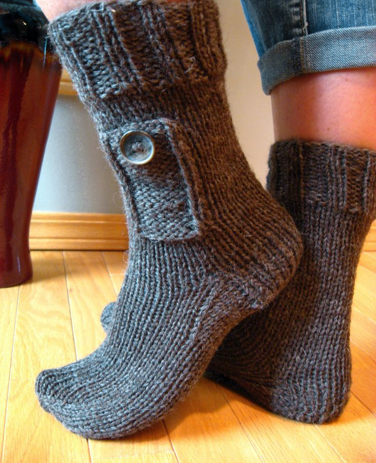 Knitting Pattern For Sandal Socks : 17 Best images about Footwear Knitting Patterns on Pinterest Quick knits, C...