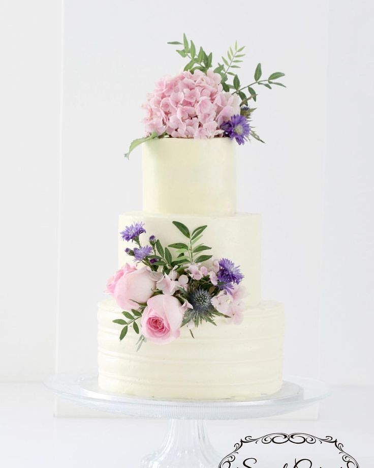 Best 25+ Wedding Cake Fresh Flowers Ideas On Pinterest