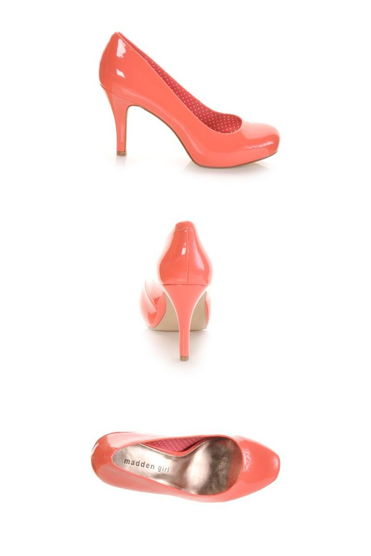 We're crushing on these coral pumps! #maddengirl