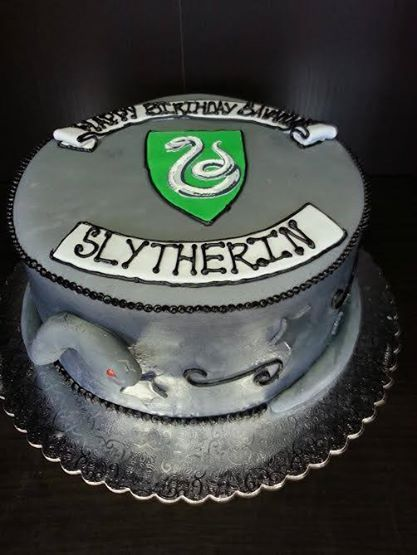 Harry Potter Slytherin Cake Custom Cakes Pinterest