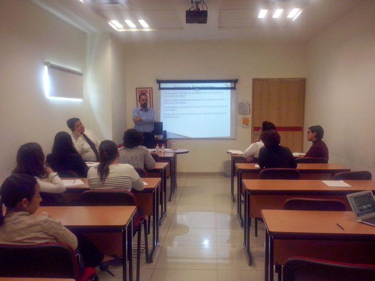 Capacitación a Equipo de Marketing y Ventas a Universidad en la Cd. de Puebla MX